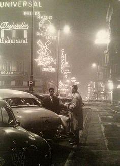 The Kärntnerstraße in Vienna by night, 1950. Photo by Fred Lauzensky.
