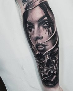 Black and gray detailed tattoo realism by Nick Imms Feather Tattoo For Men, Skull Girl Tattoo, Girl Face Tattoo, Face Tattoos For Men, Tattoos For Guys Badass, Sleeve Tattoos For Women, Black And Grey Sleeve, Black And Grey Tattoos, Chicano Art Tattoos