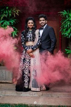 [Click on the photo to book your wedding photographer] Indian Wedding Photography, Wedding poses ideas, pre-wedding shoot ideas, Indian wedding photos, Indian bride photos Candid & Destination Wedding Photography: Magica #indianweddingphotography #weddingphotographyposes #weddingphotographyideas