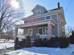 228 S Wisconsin St  Janesville , WI  53545  - $187,900  #JanesvilleWI #JanesvilleWIRealEstate Click for more pics