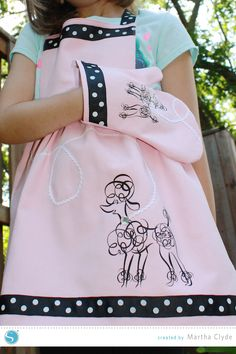 Play Clothes|Apron and Oven Mitt