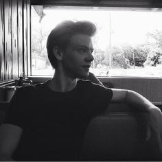 Imagine walking into the restaurant for your dinner date and Thomas looks over amazed at how beautiful you are.