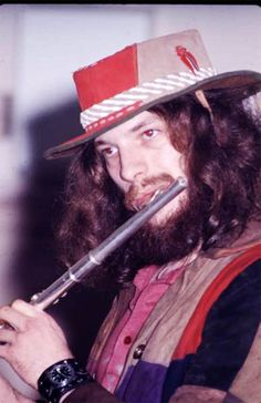Ian Anderson Thick As A Brick, Psychedelic Bands, Classic Rock And Roll, Jethro Tull, Call Art, Live Rock, Rockn Roll, Progressive Rock, Music Icon