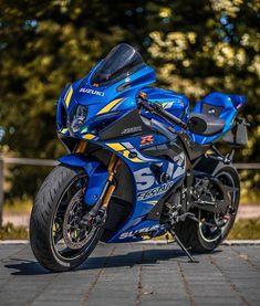 Honda Sport Bikes, Suzuki Bikes, Suzuki Motorcycle, Moto Bike, Honda Motorcycles, Motorcycle Gear, Suzuki Gsx R 1000, Gsxr 1000, Image Moto