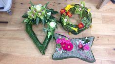 Bespoke Sympathy Designs Bespoke Design, Amber, Crafty, School, Flowers, Custom Design, Royal Icing Flowers, Ivy, Flower