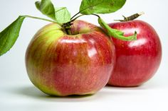 roter Apfel - fresh red natural apple