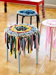 Using the MARIUS stool from Ikea and adding fabric to make it more comfortable and colorful - LOVE FOR TENLY Diy Crochet And Knitting, Crochet Home, Stool Makeover, Furniture Makeover, Ikea Stool, Fabric Yarn, Ikea Furniture, Diy Home Decor, Diy And Crafts