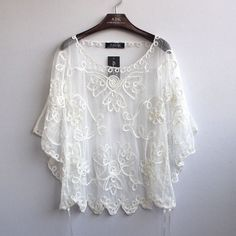 2015 high quality Women's Summer Blusas Femininas Loose Hollow Blouse Chiffon Lace Perspective Bat Shirt Women Cardigan 803J 38