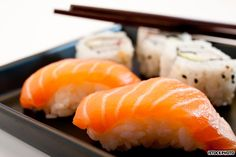 Can sushi be sustainable? Yes, says one Oregon restaurant. It's selling that message in a popular new video. But most sushi purveyors aren't on the sustainability bandwagon. Sushi Lunch, Sushi Sushi, Tokyo Restaurant, Sushi Plate, Sustainable Seafood, Sushi Restaurants, Denver Restaurants, Best Sushi, Japanese Sushi