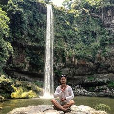 I've #found #peace #tranquility #serinity #misolha #waterfalls #palenque #chiapas #mexico #america #centralamerica #flashpacking #backpacking #travel #solotravel #journey #worldtraveler #nature #lifesjourney #natural #greens #forest #jungle #explore #journey #discover #bucketlist #wanderlust #tourism #inspiration http://tipsrazzi.com/ipost/1524402731590566519/?code=BUnxDUvF0J3