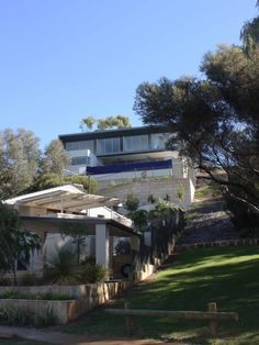 People buy and build on sloping blocks all the time. It's certainly not unusual. But building...