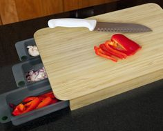 Mocubo Cutting Board