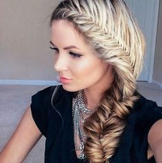 Take fishtail braid hairstyles to the next level. Here are the most interesting fishtail braid hairstyles to try with the help of step by step tutorials. Fishtail Braid Hairstyles, Down Hairstyles, Pretty Hairstyles, School Hairstyles, Updo Hairstyle, Braided Updo, Wedding Hairstyles, Grecian Hairstyles, French Hairstyles