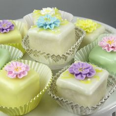 "How to make ""Petit Fours"" . . . Instructions:  http://globalsugarart.com/tutorial.php?sheetid=160"