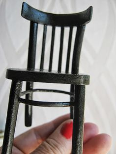 "how to: dining chair - Black chairs bent replica of the ""Thonet, scale 1:10 - step by step (mufti-language translation by Google on blog)"