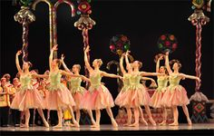 waltz of the flowers | The Sugar Plum Fairy entertains Clara with dancing sweets including ...