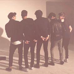 GIF One Direction, 1D, Harry Styles, Niall Horan, Liam Payne, Zayn Malik, Louis Tomlinson, Hazza, Harreh, Harold, Nialler, DJ Malik, Lou, Tommo .xx
