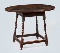 A premier source for the finest example of American antiques - both country and formal. Smiles present current offerings online. Colonial Furniture, Primitive Furniture, Country Furniture, Recycled Furniture, Antique Furniture, Painting Old Furniture, Furniture Decor, Nice Furniture, Furniture Refinishing