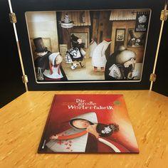 """• k a m i s h i b a i •  . . . Happy monday ihr Lieben ✔️ So nun erfahrt ihr endlich, welches Projekt ich in der Frederickwoche angeboten habe  Die Frederickwoche ist ein Literatur-Lese-Fest in BaWü in Anlehnung an das Buch Frederick von Leo Lionni  Die Schüler haben an mehreren Tagen in Projekten gearbeitet und mein Projekt hieß: Kamishi was? Kamishibai!  Um das japanische Papiertheater für die Kinder erfahrbar zu machen, habe ich Ihnen das Buch """"die große Wörterfabrik"""" bis zur ..."""