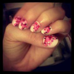 pink + dots