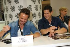 David Lyons and JD Pardo – looks like we have a bromance on our hands! #Revolution