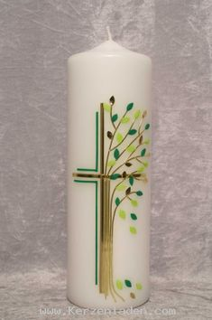 Decorative candle with cross and tree of life in gold and green tones. Ideal gift for . Decorative candle with cross and tree of life in gold and green tones. Ideal gift for anniversary or birthday Anniversary Surprise, Anniversary Gifts, Scented Candles, Pillar Candles, Wedding Signs, Our Wedding, Bedroom Candles, Première Communion, Christmas Bedroom