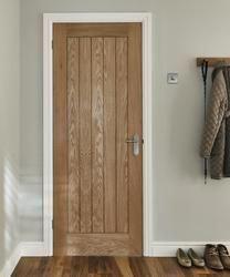 Holdenby Oak Door Internal Hardwood Doors Doors Joinery Howdens Joinery June 16 2019 At 04 4 Wood Doors Interior Doors Interior Internal Wooden Doors
