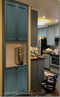 A bookshelf made into a pantry...so creative. This is a really nice site for decorating and redoing your spaces!