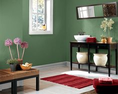 Split-complementary Color Scheme (Courtyard Green, Lite Lavender & Poinsettia Red)