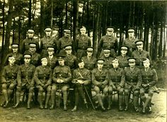 Men of the 20th Officer Cadet Battalion, 1917.  This photograph was taken in December 1917.   HMCMS:R2003.92 / DPABLD71
