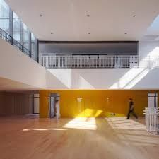 Image 13 of 24 from gallery of Tianjin Elementary School / Vector Architects + CCDI. Photograph by ShuHe Building Photography, Tianjin, Atrium, Elementary Schools, Secondary Schools, Contemporary Architecture, School Design, Interior Design, Architects
