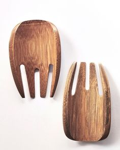 """Designed with the specific purpose of serving salad, these handmade guadua wood """"spoons"""" pretend to be an extension of human hands. Artisanal pieces for daily use available at @artesaniasdecolombia   El Buen Ojo :::: EBO (@elbuenojo) • Instagram photos and videos Wood Spoon, Spoons, Extensions, Purpose, Salad, Hands, Photo And Video, Videos, Handmade"""
