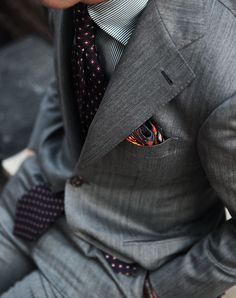 Holland & Sherry(Snowy River) Gray Suit E. G Cappelli Tie Liverano Pocket square All at B