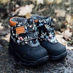 Ghete de iarna Kavat cu lână la interior - Yxhult Floral Cross Country, Biker, Christmas Gifts, Boots, Floral, Interior, Ideas, Fashion, Xmas Gifts