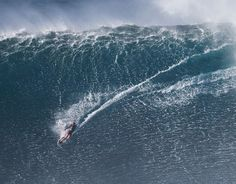 Bethany Hamilton surfs big Jaws with some of the world's best Read more at http://www.grindtv.com/surf/bethany-hamilton-surfs-big-jaws-with-some-of-the-worlds-best/#mGqO63T4Mp5QgRdK.99