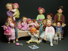 Adorable doll house dolls...