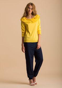 maglia con collo lavorato a plissé pantalone jogging in crepe de chine