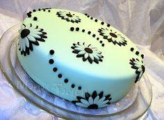 The Dessert Diary: Cake Decorating