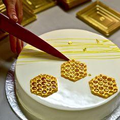 Rosh Hashanah, Mousse Cake, Glaze, Waffles, Cakes, Mirror, Breakfast, Food, Enamel