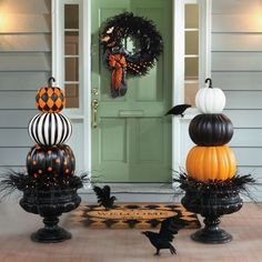 DIY craft ideas to decorate your door, porch, and front yard for Halloween.