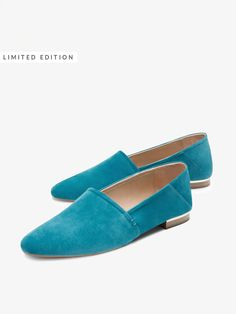 Autumn winter 2016 Women´s TURQUOISE SUEDE LEATHER BABOUCHES at Massimo Dutti for 999. Effortless elegance!