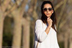 Look Blanco total con Nuevos Zapatos Oxfords Morados Candies de Fratelli Rossetti