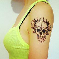 Skull Tatoo sticker...