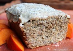 Almond Poppy Seed Cake: This festive and hearty cake is not only delicious, but very fragrant. Its few ingredients and steps make for easy prep work, and it can be served plain or with Lemon Frosting. Gluten Free Desserts, Healthy Desserts, Whole Food Recipes, Dessert Recipes, Poppy Seed Cake, Lemon Frosting, Vegan Sweets, Vegan Food, Vegan Cake