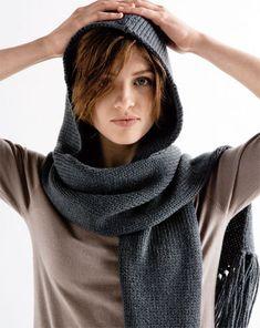 modèle tricot echarpe capuche femme