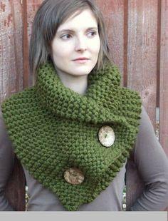 Green knitted collar for women, # women # for # yarn # green # knitted collar - Stricken 2020 Crochet Scarves, Crochet Shawl, Knit Crochet, Loom Knitting, Free Knitting, Tricot Simple, Knitting Patterns, Crochet Patterns, Popular Crochet