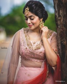 Shamna Kasim (Poorna) Actress Photos Stills Gallery Beautiful Girl Indian, Most Beautiful Indian Actress, Beautiful Girl Image, Beautiful Women, Beauty Full Girl, Cute Beauty, Beauty Women, Katrina Kaif Hot Pics, Pink And White Dress