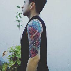 【fever_386】さんのInstagramをピンしています。 《#tattoo #tattoos #japanesetattoo. #orientaltattoo #koi #tatuajes #ink #inked #lotusflower #cherryblossoms #argentina #bsas #sleevetattoo #halfsleevetattoo #fullcolor》
