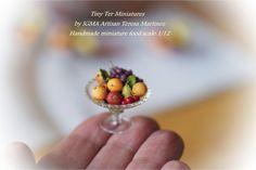 Glass fruit bowl Miniature food  Tiny Ter Miniatures https://www.facebook.com/TinyTerMiniatures/photos/a.190278564378377.47326.159350664137834/731758563563705/?type=1&theater Bowl fruit miniatures