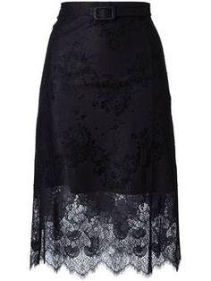 кружевная юбка с волнистым подолом